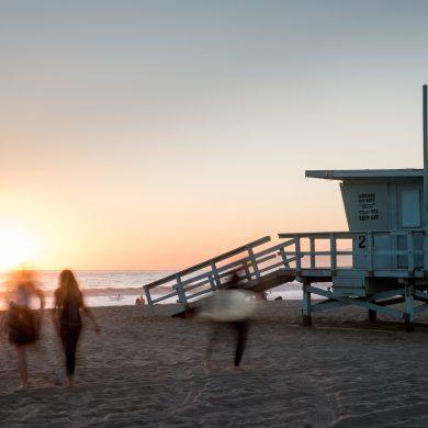 beach-blur